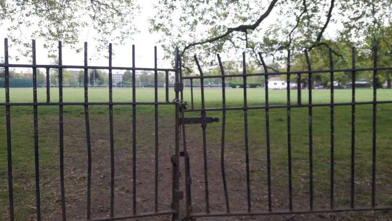 clapham common gate