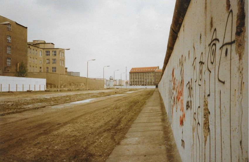 inside the berlin wall