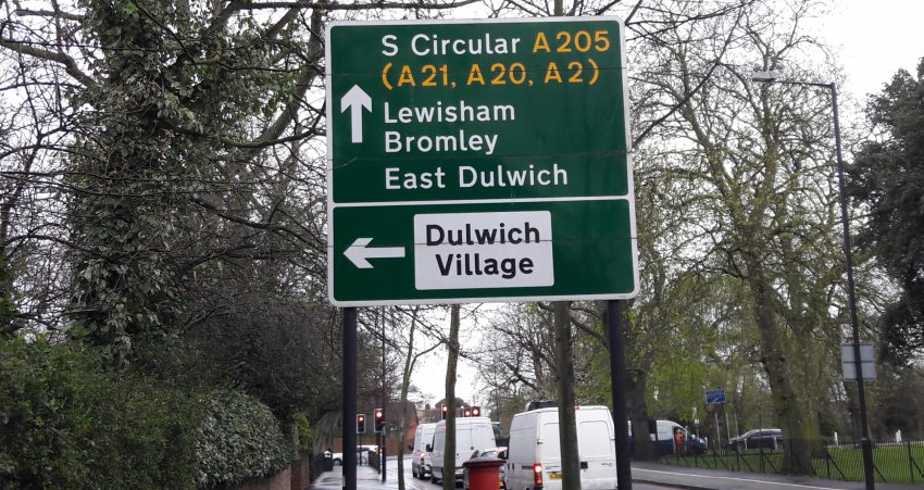 Urban walking. The South Circular in West Dulwich
